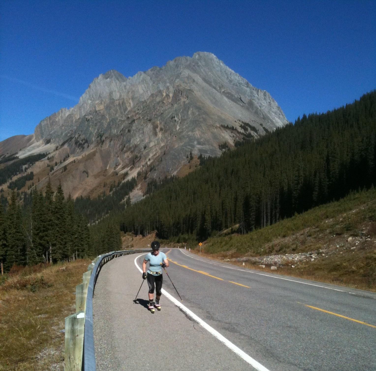 highwood-pass-long-rollerski.jpg